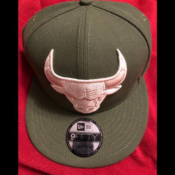 f04e99f339dee2 New Era SnapBack hat! Chicago Bulls Alt. Grn.